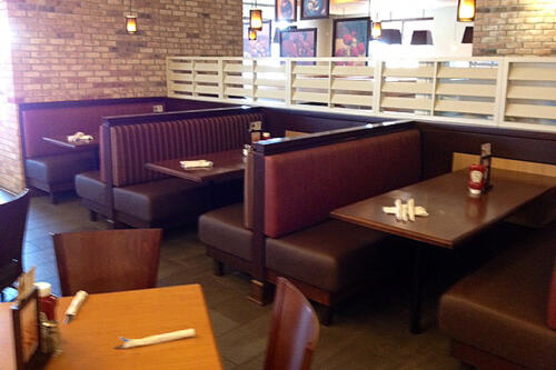 Swiss Chalet - Large Booths