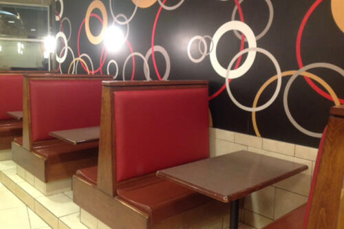 Mc Donald's - Small Booths